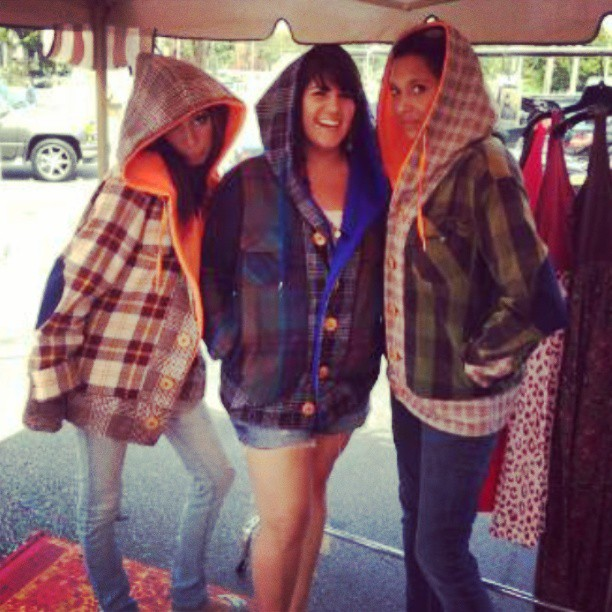 Ladies wear the #madamchino #handmade  #midwestern #hoodie too! Pockets, elbowpatches, wooden buttons, yes! #ecofashion
