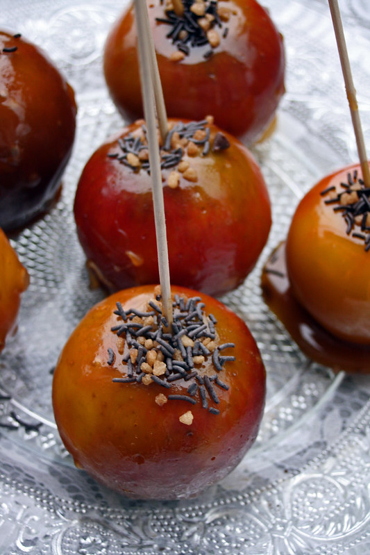 10608790946 1c72da166d c Toffee Apples