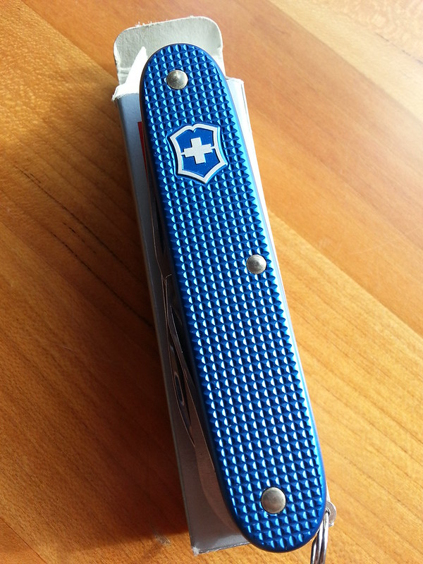 Withdrawn New Victorinox Blue Farmer Alox Swiss Army