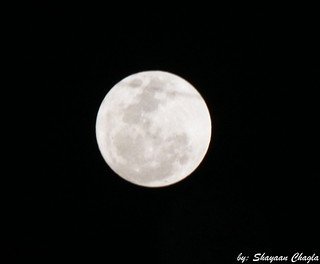 Supermoon!!  The March 19, 2011 supermoon was 356,577 kilometers (221,566 miles) away from Earth...