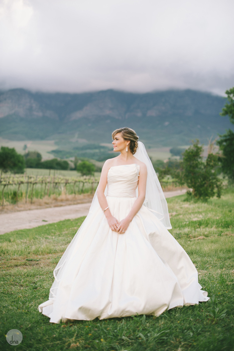 couple-shoot-Genevieve-and-Alistair-Vrede-en-Lust-South-Africa-wedding-shot-by-dna-photographers-26