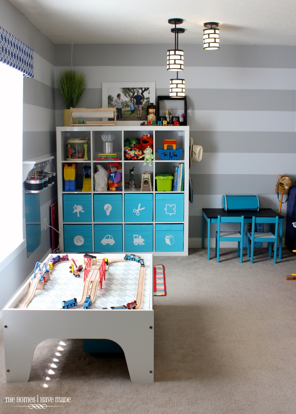Expedit in the Playroom-008
