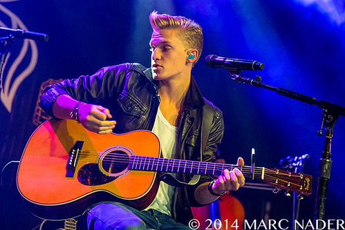 Cody Simpson – 01-15-14 – Acoustic Sessions Tour, Saint Andrews Hall, Detroit, MI
