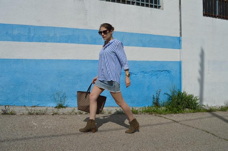 lara-vazquez-madlula-blog-blue-nautic-striped-outfit