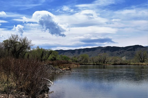chatfieldstatepark chatfield littleton colorado clouds wetland pond mountain mountains rampart range reservoir lake