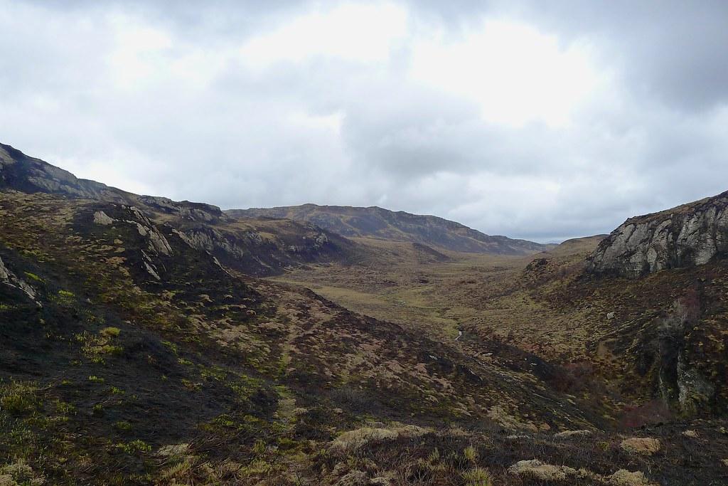 Climbing out of Gleannan Dorch