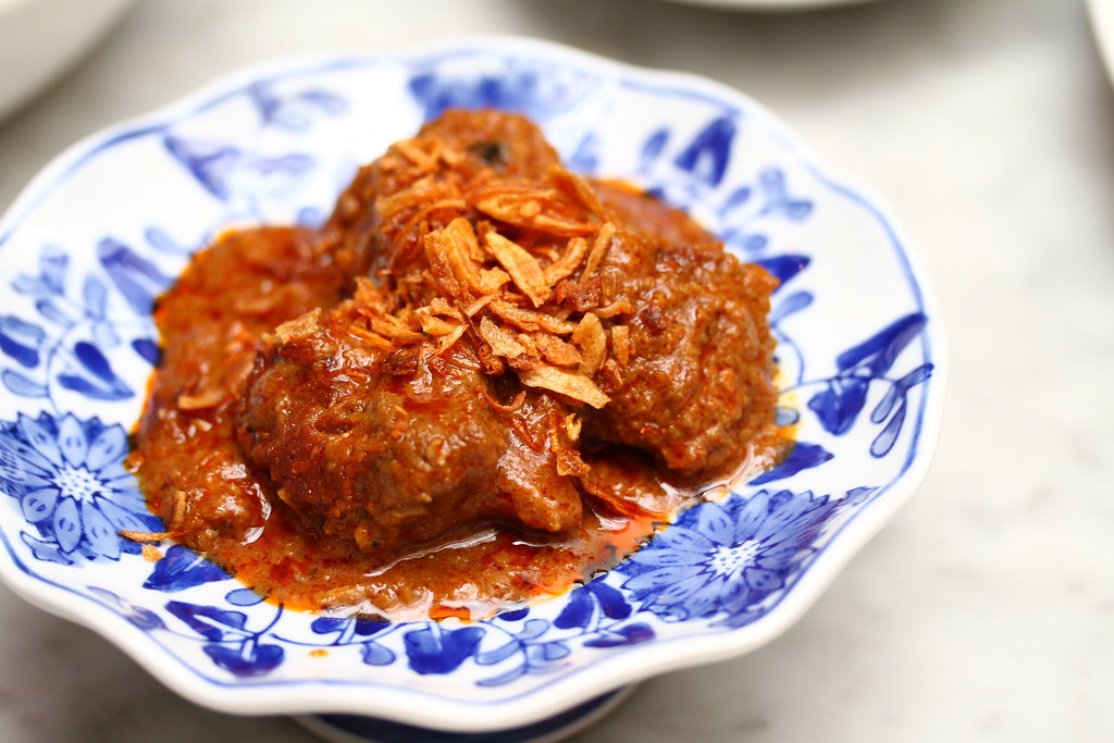 True Blue Cuisine: Beef Rendang