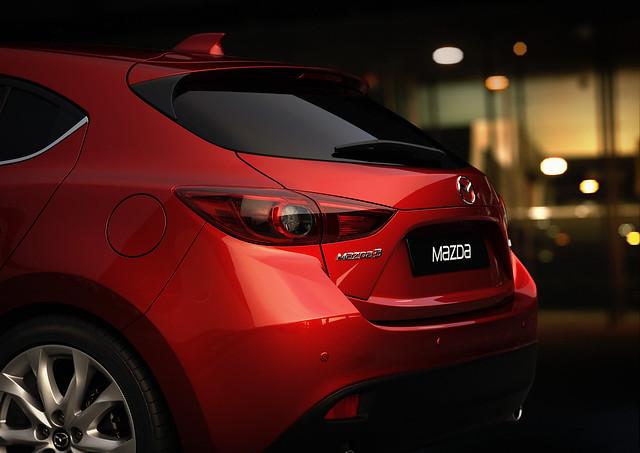 Mazda3_Hatchback_2013_detail_03__jpg300