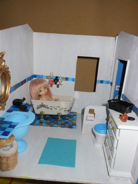 La salle de bain (testée et approuvée par Cajou) 13/08