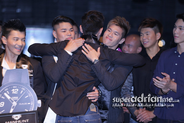 Manhunt Singapore 2013 - Jason Tan gets hug from Ben Koh and Justin Toh
