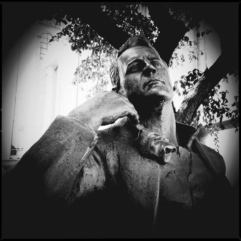 Шаляпин (Monument to Feodor Chaliapin), ver.1