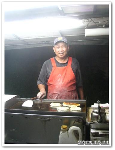 131011-賣葱餅的老闆