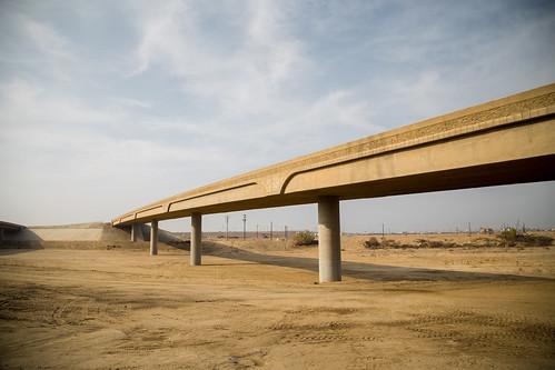 california sky concrete unitedstates dry dirt bakersfield 6d ef24105f4l kernriverbed