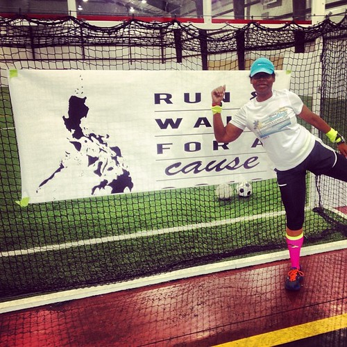 Doing @runeatrepeat pose at #runwalkforacause #phillipines! #fitfluential #runchat #running #iambft #goodtimes #funtimes