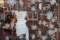 LouLou.HolidayWindows.Georgetown.WDC.19December2013