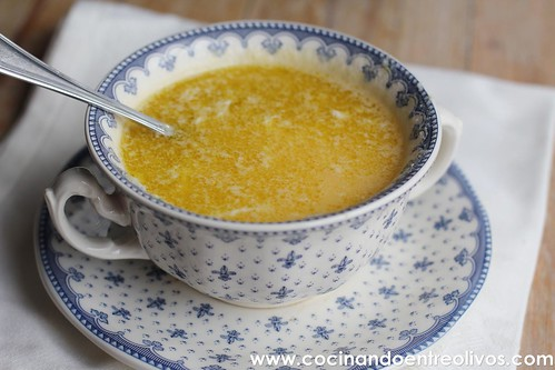Huevo en gazpachuelo www.cocinandoentreolivos (1)