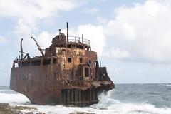 bulk carrier(0.0), vehicle(1.0), sea(1.0), ocean(1.0), watercraft(1.0), shipwreck(1.0), coast(1.0),