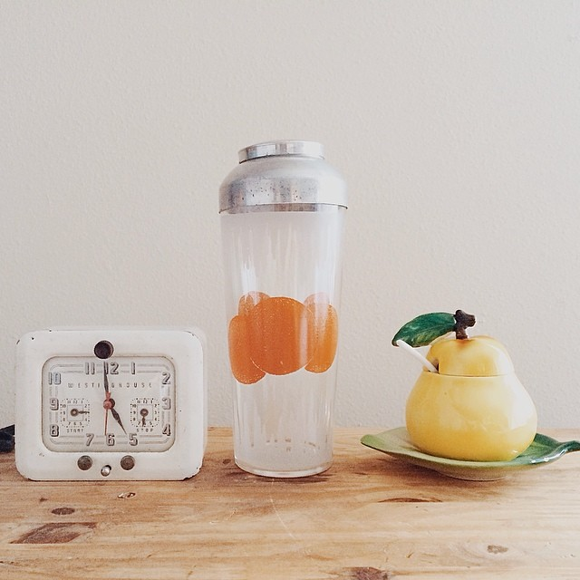 Recent vintage finds: white Westinghouse clock/timer, orange glass and metal shaker, pear and leaf jam or sugar bowl. Items are soon to be listed in the shop. #vintage #vintagesoup #thrifted #thrifting