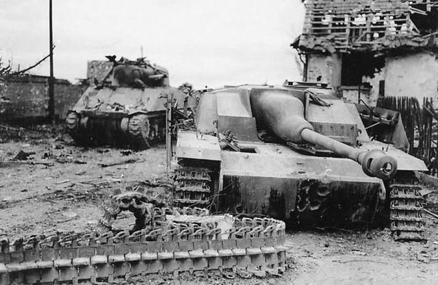 """""""Sturmgeshutz""""摧毁了"""