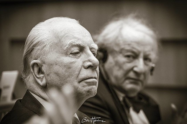 Portrait of Mark Eyskens, previous prime Minister of Belgium and Paul Goldschmidt, previous Financial Director at the European Commission, which I captured at the EU Parliament, in the frame of a debate between citizens and EU deputies. #europe #PaulGolds