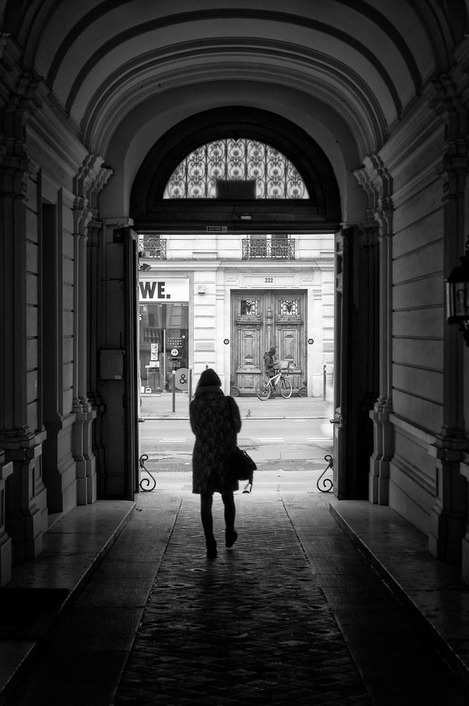 SLY - Paris Le Porche du 222
