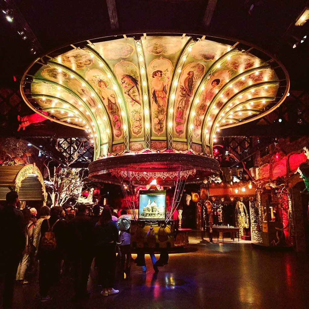 Only went to one museum during this trip, but I think the Musée des Arts Forains (the Museum of Fairground Arts) was the best choice. #paris #museedesartsforains