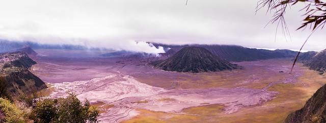 Mount Bromo from above, Pentax K-7, smc PENTAX-DA 21mm F3.2 AL Limited