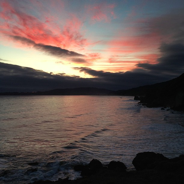"""....""""Just like heaven""""... #sky #sunset #cabincamping #pacificocean #elevatetheeveryday #ourcollectivebeginning #shuttersisters #thecameramen"""
