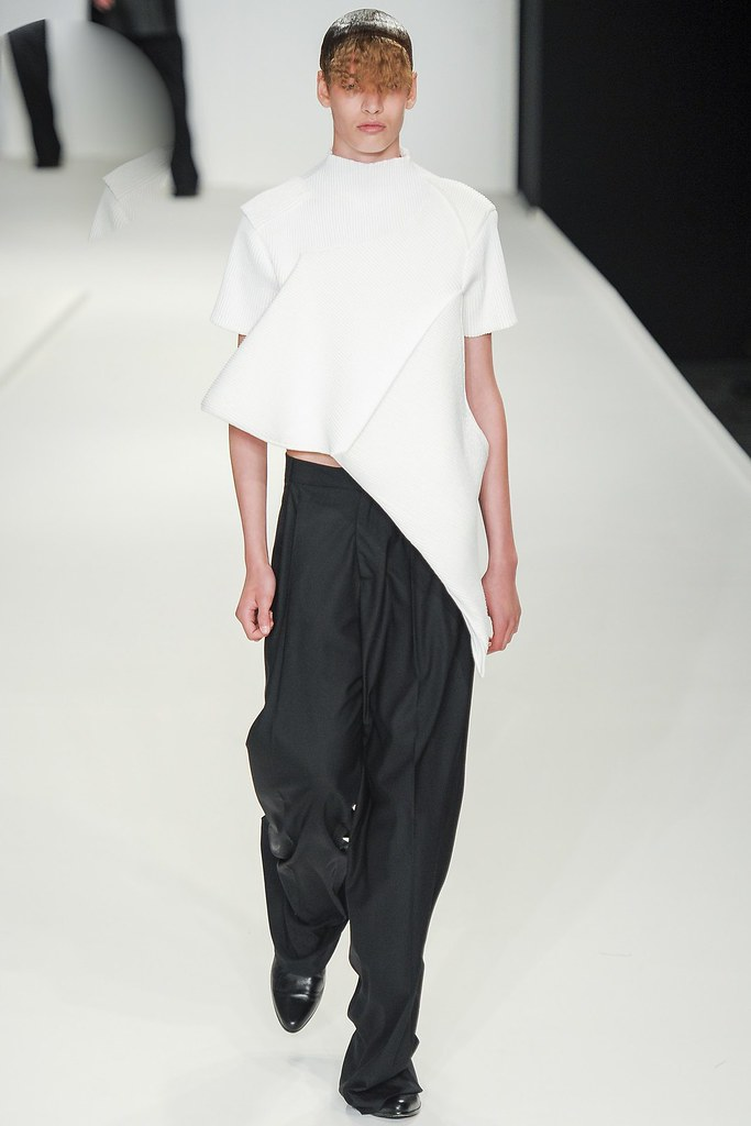 SS14 London JW Anderson030_Niclas Nilsson(vogue.co.uk)