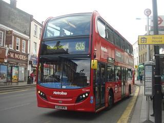 Metroline TE1441 on Route 626, Barnet Church