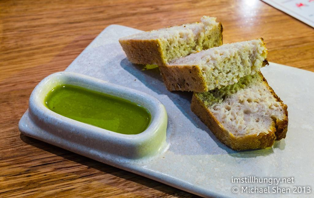 Movida Sydney bread