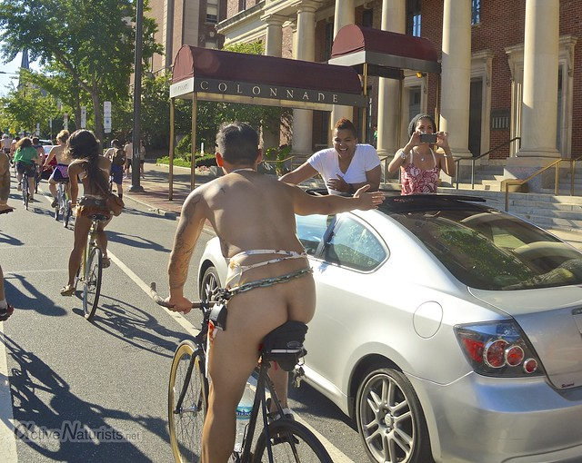 naturist 0051 Philly Naked Bike Ride, Philadelphia, PA USA