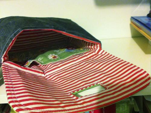 Strap Clutch - inside