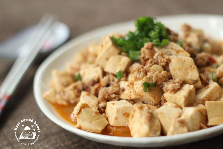 Mapo Tofu is a famous Chinese traditional tofu dish. A famous Szechuan ...