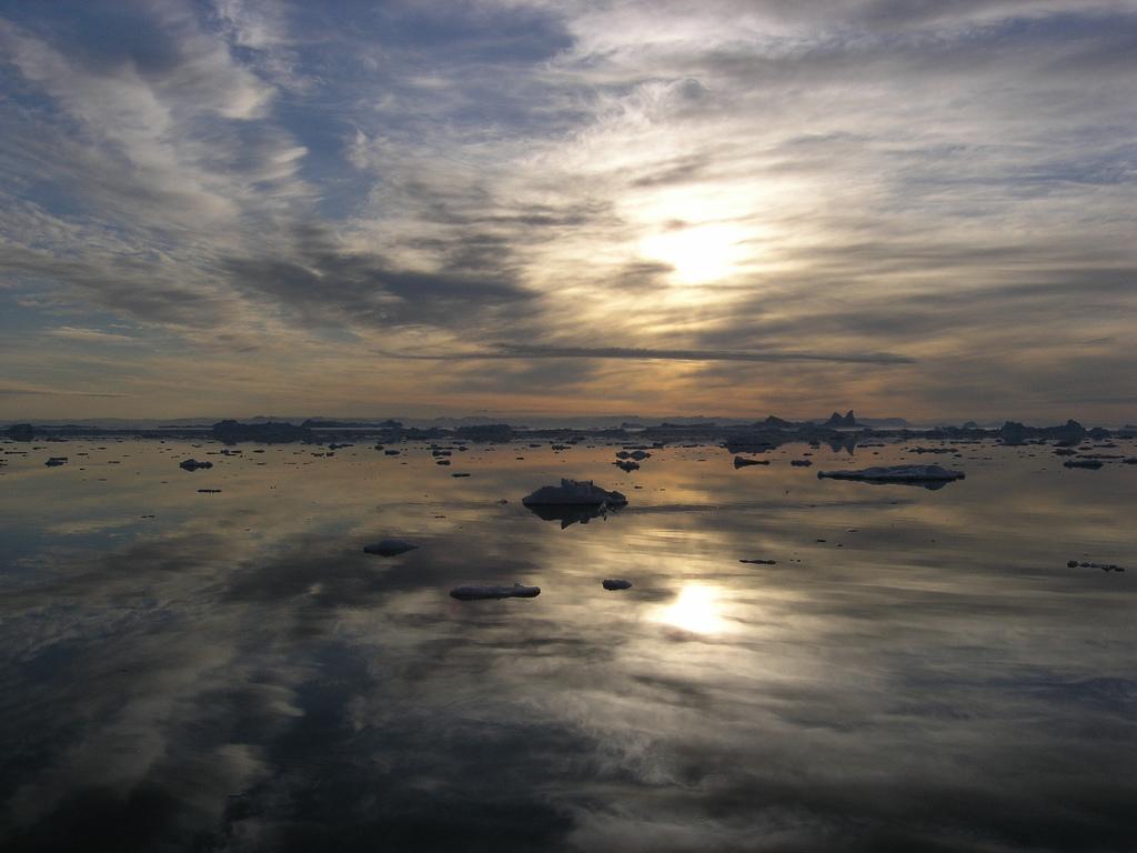 22. Anochecer en Isfjorden, islas Svalbard. Autor, Hollandisk
