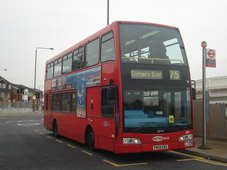 Metrobus 884 on Route 75, Elmers End