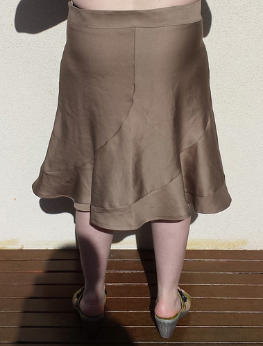 Lekala 5481 skirt - first muslin