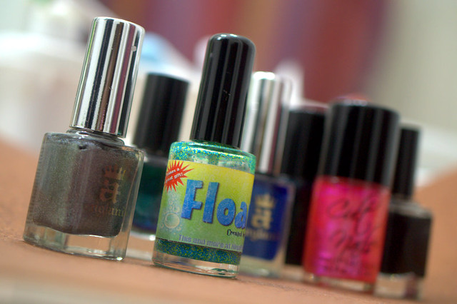 Makeup Wars: 5 Indie Nail Polish Brands That You MUST Try