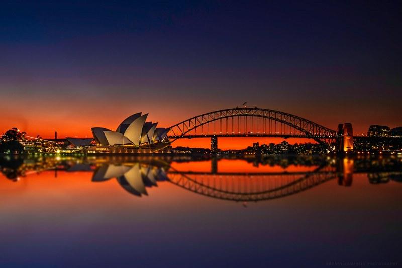 Sydney Opera reflected