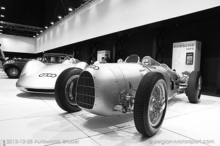 1934 Auto Union Type-C Grand Prix Typ V16 Single Seater + 1938 Auto Union V16 Stromlinienwagen - rekord car