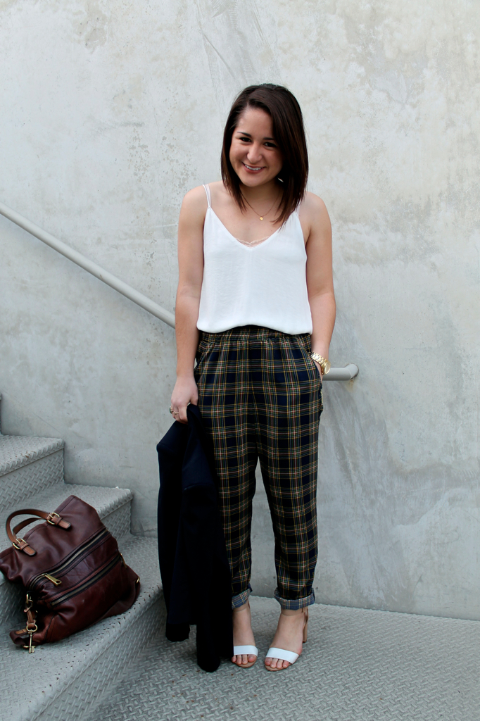 how-to-style-printed-trousers-for-work