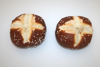 07 - Zutat Laugenbrötchen / Ingredient  pretzel rolls