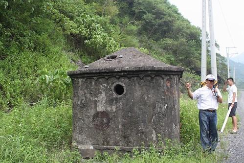 進水塔與長期研究二峰圳的丁老師