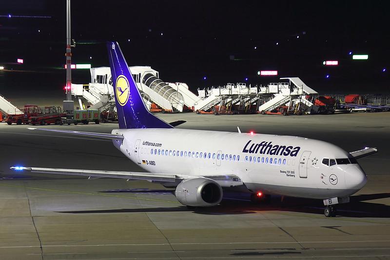 Lufthansa - B733 - D-ABEI (1)