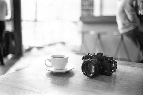 Leica M6 - Ilford Delta 400 captures Fuji X-Pro 1