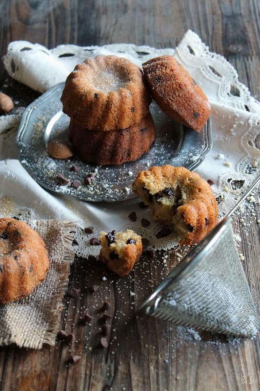 Minis bundt cakes amande et pépites de chocolat
