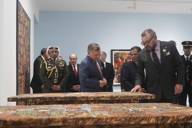 جلالة الملك عبدالله الثاني وجلالة الملك محمد السادس يفتتحان معرض الفن الإفريقي في متحف محمد السادس للفن الحديث والمعاصر