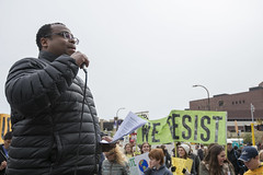 Climate March Minnesota pauses to listen to speakers