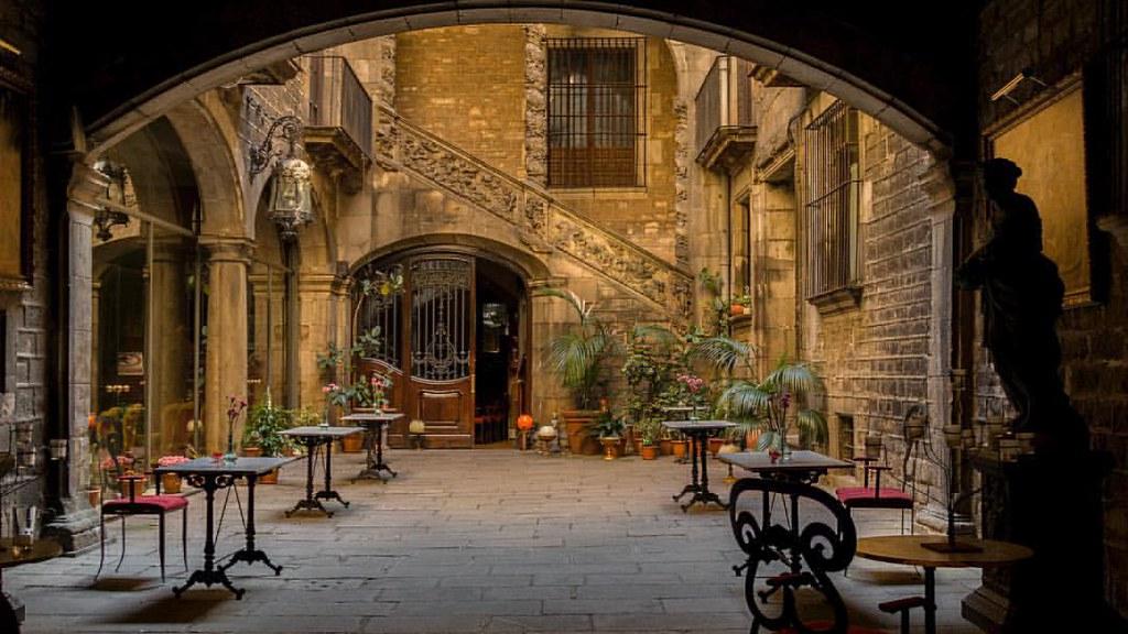 El patio #500px #citytour #barcelona #achitecture #photography
