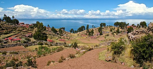 panorama lake peru titicaca beautiful canon landscape lago island photography eos 350d amazing photographie ngc lac ile olympus explore mm guillaume paysage viewpoint canoneos350d taquile isla zuiko omd em5 guill leparmentier toug lepar mtoug mistertoug